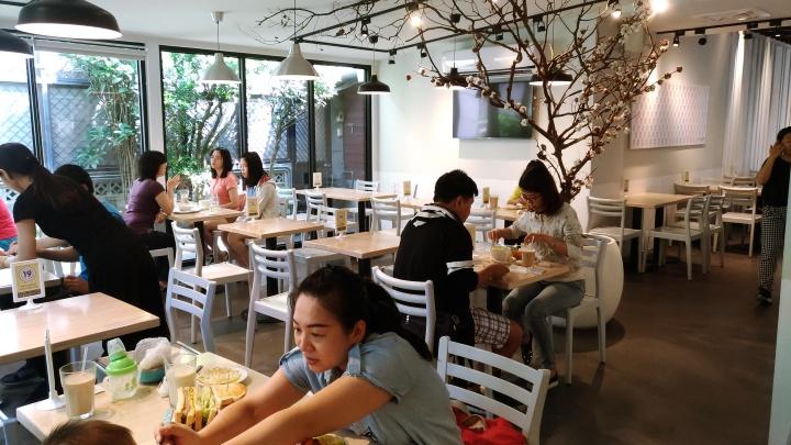 【溜小孩食記】花蓮6吋盤早午餐,花蓮市中心的平價連鎖早午餐