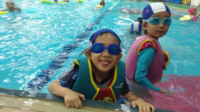 【親子經驗談】讓小孩從4歲開始學游泳好嗎?