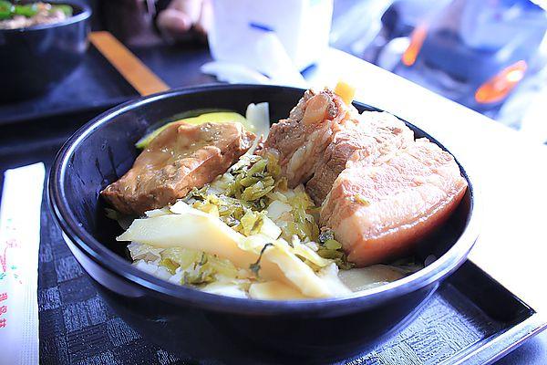 新城爌肉飯
